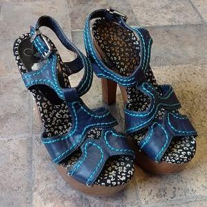 Jessica Simpson Wenda wood platform heels